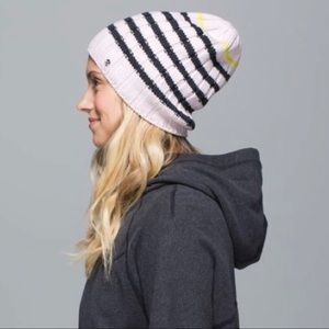 Lululemon Blissed Out Toque Knit Beanie Hat